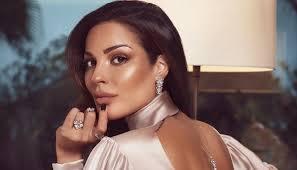 نادين نجيم من دون فلتر... ندوب مؤلمة على وجهها و'لستُ مهتمة كيف يفكّرون بي'