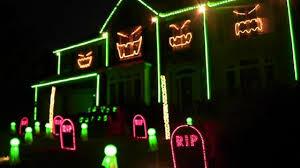 child friendly halloween lighting inmyinterior outdoor. Outdoor Halloween Lighting. Safety Tricks For Lighting Up Your House This Child Friendly Inmyinterior