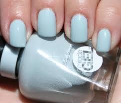 Sally Hansen Uv Light Wattage Sasha Says Nails Im A Manicure Momma Sally Hansen
