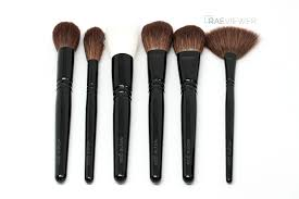 wayne goss brushes. i absolutely adore wayne goss makeup brushes. they are luxury tools, but well worth their price tags. the bristles soft and plush with just enough brushes s
