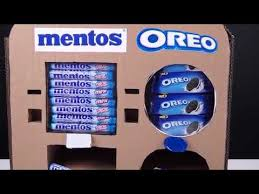 Mentos Vending Machine Custom DIY How To Make OREO And Mentos Vending MachineSAB KHUCHH DEKHO