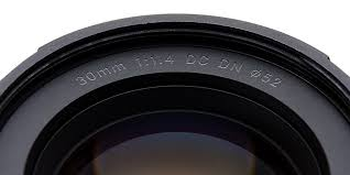 <b>Sigma 30mm</b> F1.4 DC DN Contemporary for Sony E-mount lens ...