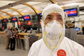 Ebola Case In Atlanta : Mo doctor protests cdc by showing up at atlanta airport in hazmat