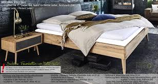 Massives Bett Modern Sleep Wildeiche Oder Kernbuche Kopfteil Kenia Leder Anthrazit Holz Bettbeine