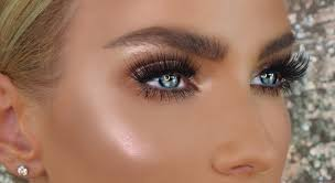 Best Eyeshadow For Light Skin Makeup For Blue Eyes 5 Eyeshadow Colors To Make Baby Blues Pop