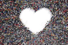Resultado de imagen de la multitud desde el amor