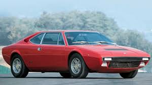 Ficha técnica, fotos, versões e preço. Ferrari Dino 308 Gt4 El Cavallino Anomalo