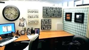 Decorate office cubicle Male Creative Cubicle Decoration Office Creative Halloween Cubicle Decorations Vooldu Creative Cubicle Decoration Office Spaces Amazing Cubicles With