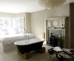 freestanding bathtub in the bedroom no clear separation of bath