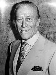 Guccio was born in florence, tuscany on 26 march 1881. Family Feud The Guccis Aldo Gucci Family Feud Gucci