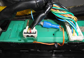 fsti window switch subaru forester owners forum can anyone help me out a wiring diagram for an 04 sti i m pretty sure but just need to confirm the blue wire should go into the 3 wire plug next