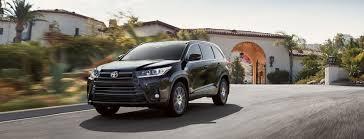 2017 Toyota Highlander for Sale in Woburn, MA - Woburn Toyota