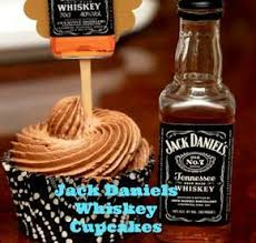 jack daniels honey whiskey cupcakes with a bourbon drizzle for a very happy birthday