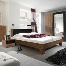 Schlafzimmer Ideen In Rot Kleine Weiße Schlafzimmer Ideen Mit Farb