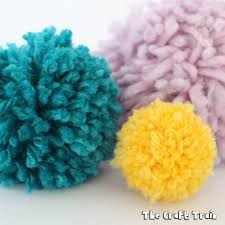 i really to admit this but as a craft blogger i struggled for a long time to make a decent pom pom in the olden days when i was a child