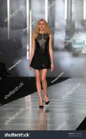 Zagreb Croatia March 14 Fashion Model Stock Photo (Edit Now) 131657843