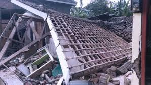 Gempa 6,7 sr terasa hampir di seluruh jatim, daftar kerusakan versi bpbd. Foto Kondisi Pasca Gempa 6 7 Sr Guncang Malang Times Indonesia