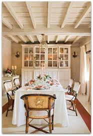 festive shabby chic interior decor country cottage dining room99 cottage