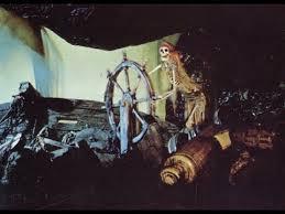 diy pirates of the caribbean ship wheel