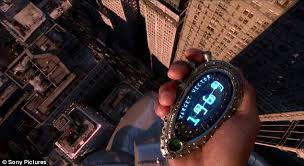 men in black 3 trailer shows will smith tommy lee jones and emma use the time jump agent j is given a special time travel gadget to take