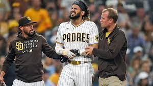 Injured Padres star Fernando Tatis Jr ...