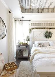 35 Rustic Farmhouse Bedroom Ideas For A Country Home French Decor Plan 16