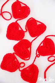 Heart Crochet Pattern Delectable Easy Crochet Heart Garland Pattern Skip To My Lou