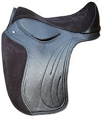 torsion treeless saddle. barefoot cheyenne or torsion treeless saddle e
