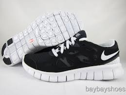 nike running shoes black and white. nike free run 2 khaki / flat silver (more images) running shoes black and white