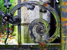 wheel window moss color metal painting ornament art iron stainless wrought iron metal fence iron gate