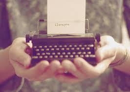 Resultado de imagem para coraçao na maquina de escrever tumblr