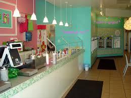 Small Ice Cream Shop Interior Design A Nice Looking Interior Design For An Ice Cream Shop