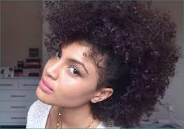 Coiffure Femme Courte Cheveux Frises Oomfactivewearcom