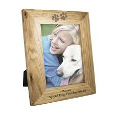 personalised 5x7 paw prints wooden photo frame 22228 p jpg