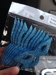 Miniature Masquerade Masks Decorations Alexis Loves Wealth Luxury Masquerade mask Pinterest 12