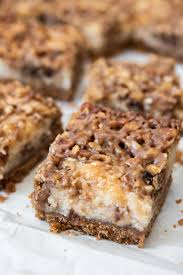 pecan pie cheesecake bars. Plain Pecan An Image Of A Pecan Pie Cheesecake Bar With Graham Cracker Crust For Pecan Pie Cheesecake Bars D