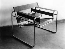from knoll wassily chair marcel breuer ca 1925 marcel breuer was an appice at the bauhaus when he began experimenting with tubular steel as a way of