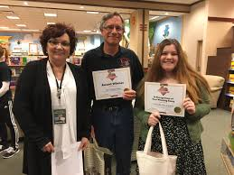 struthers city schools shs teacher richard gage wins 2017 barnes noble my favorite teacher