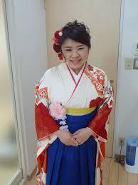 平成28年度愛媛県卒業式袴着付け スズラン美容室
