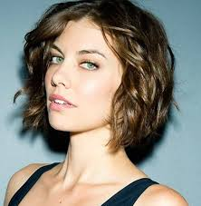 Short Wavy Hair Style 30 Short Wavy Hairstyles For Bouncy Textured Looks 4963 by wearticles.com