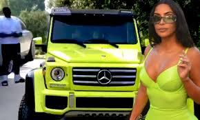 Alcanzó cierta notoriedad en la prensa rosa y en programas televisivos a raíz de su aparición en el reality show autopromocional de la familia kardashian. Kanye West Surprises Kim Kardashian With A 240k Mercedes Of My Dreams To Match Kylie Jenner S Daily Mail Online