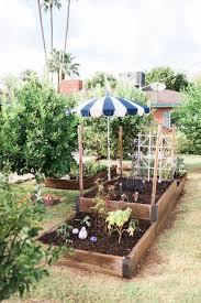 A Second Spring Fall Gardening  Old Farmeru0027s AlmanacFall Gardening