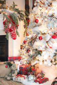 Images christmas decorating contest Homemade Cahsnv 25 Christmas Decorating Ideas For An Ultra Stylish Holiday
