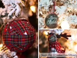 Plaid Christmas Tree Scandinavian Christmas Tree Decorating Theme With Diy Ornaments