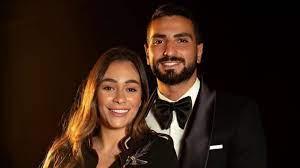 محمد الشرنوبي زوجة رندا تتعافى من فيروس كورونا - فيوتشر نيوز
