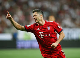 Robert lewandowski, latest news & rumours, player profile, detailed statistics, career details and transfer information for the fc bayern münchen player, powered by goal.com. Robert Lewandowski And The Journey From Club Less Teen To Striking Royalty