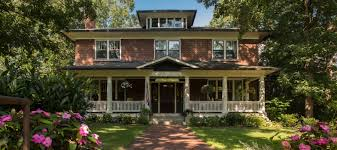 Colonial and European Style Bed and Breakfast in Asheville NC