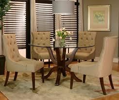Moderne Creme Leder Stühle Mit Rustikalen Hölzernen Esstisch