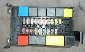 alfa romeo 916 gtv 2 0 twin spark interior fuse box early phase 1 alfa romeo 916 gtv 2 0 twin spark interior fuse box 40 early phase