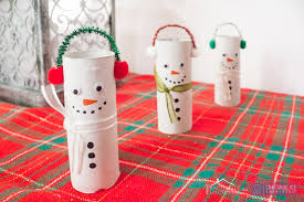 Toilet paper roll snowman Christmas craft idea for kids!